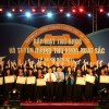 112 thủ khoa Hà Nội viết thư gửi chiến sỹ Trường Sa