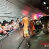 Phản ứng đáng nể của trẻ em Hàn Quốc khi xe buýt bị lật khiến cả thế giới khâm phục