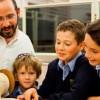 Cách nuôi dạy con thành tài của người Do Thái: Dạy con tự lập sớm chính là trao con khả năng sinh tồn