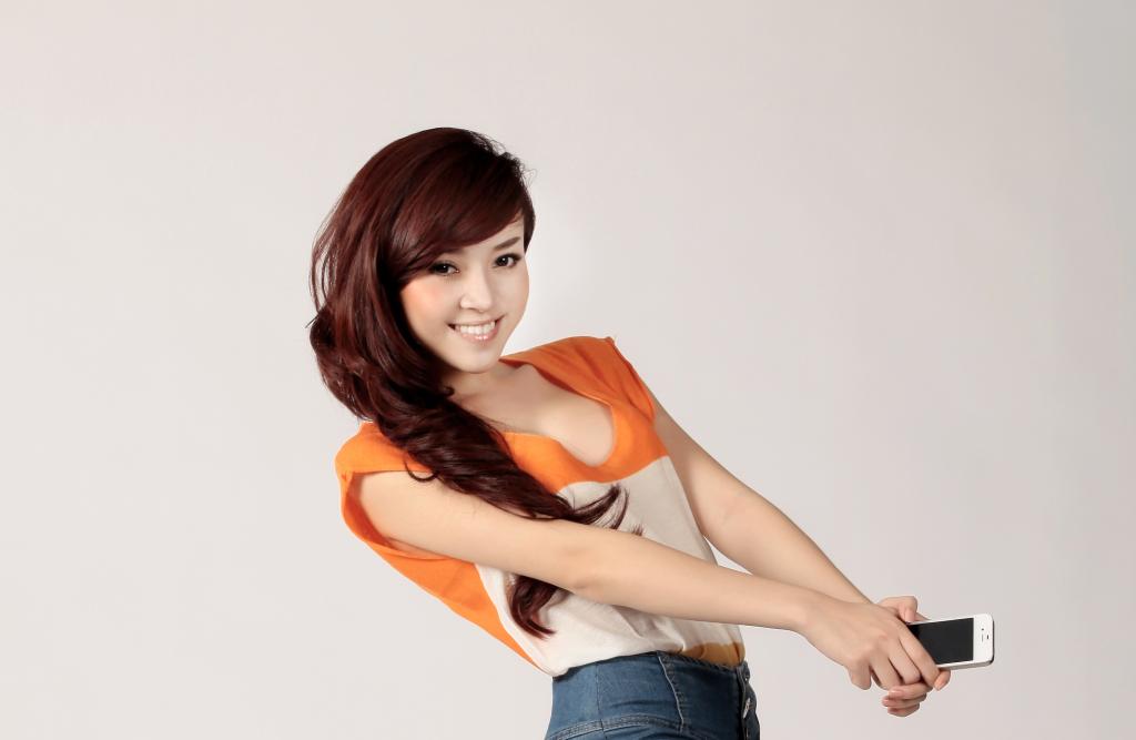 Fiona Phạm – cô gái với biệt danh 'Phạm Băng Băng Việt'