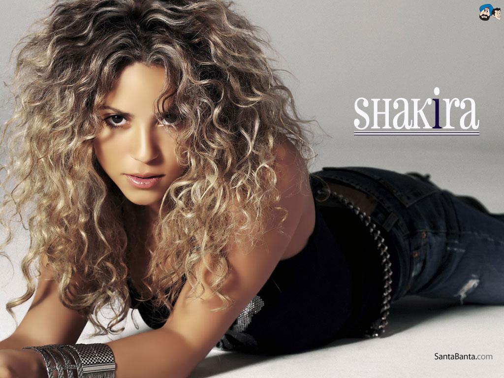 Nữ ca sĩ Shakira biểu diễn tại lễ bế mạc World Cup 2014