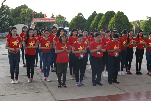 Hoa hau Vietnam 2014 (2)