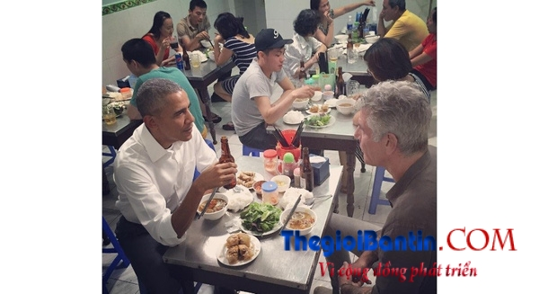 Obama an bun cha vietnam