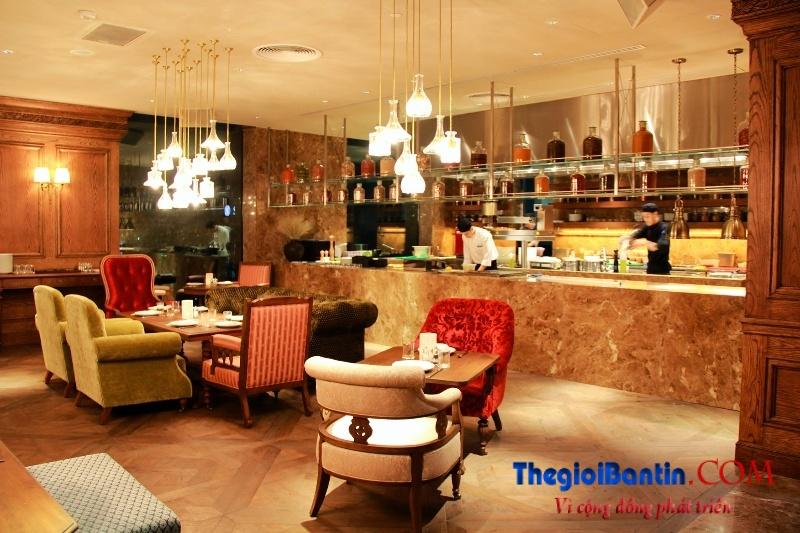 Bar o Saigon (11)
