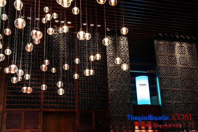 Bar o Saigon (2)