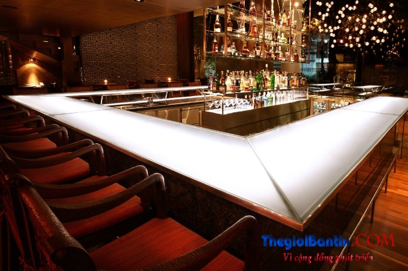 Bar o Saigon (3)