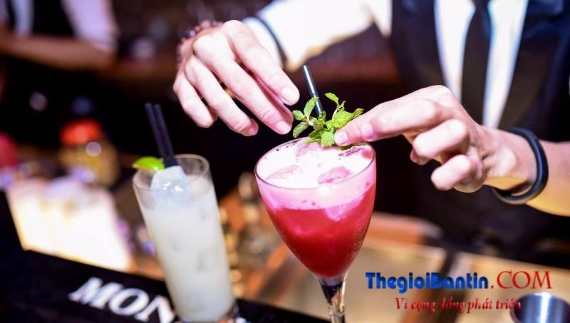 Bar o Saigon (9)