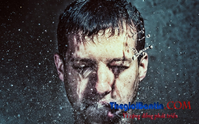 wallpaper-wet-man-head-1482395723519