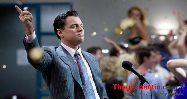 the-wolf-of-wall-street-gifs-1486365055509-crop-1486365093269-1486616298155-crop-1486616301684-1487667694220-0-0-294-553-crop-1487667807628