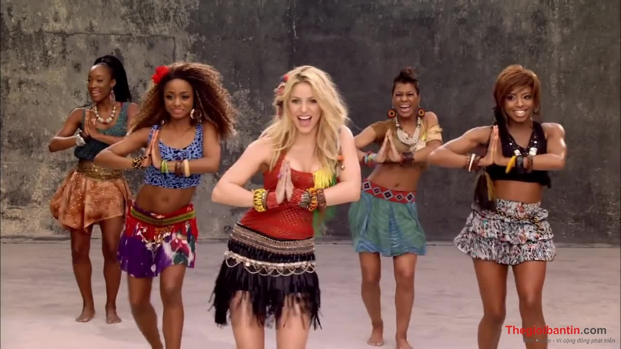 Shakira – Waka Waka (This Time for Africa) (The Official 2010 FIFA World Cup™ Song)