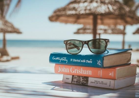 9 quyển sách truyền cảm hứng du lịch thế giới cho bạn.