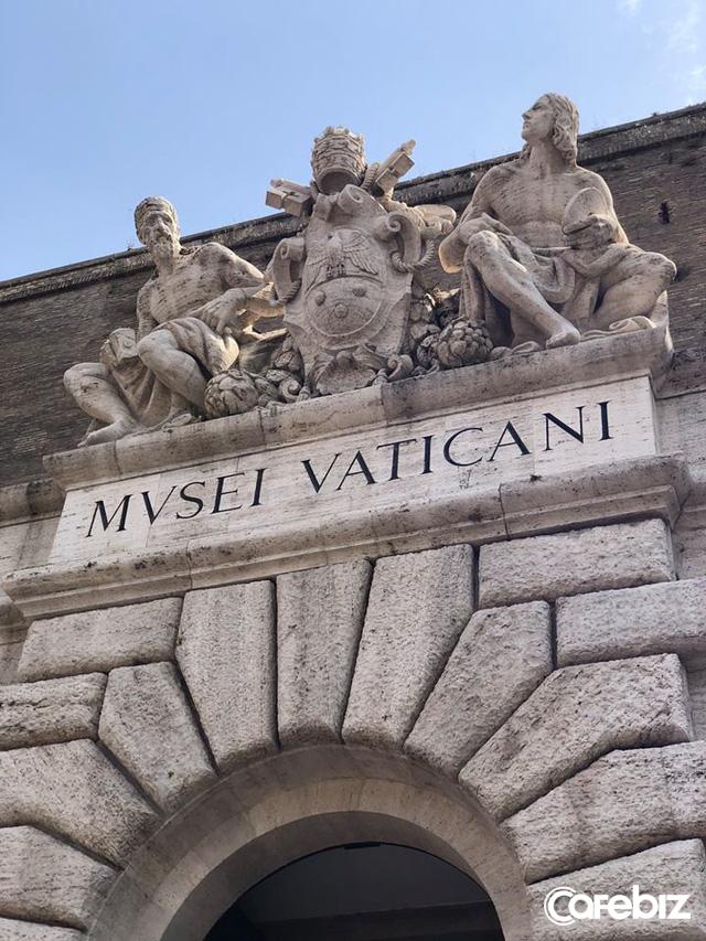 """Vatican – Quốc gia nhỏ nhất thế giới, """"doanh nghiệp"""" đặc biệt nhất hành tinh – kinh doanh và đầu tư ra sao?"""