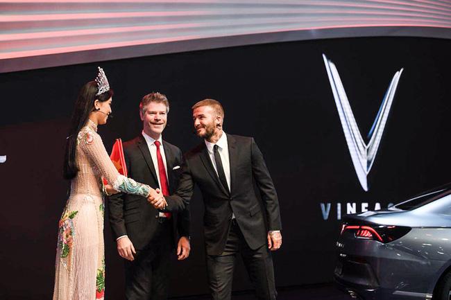 Video – Tường thuật trực tiếp – Lễ ra mắt VinFast tại Paris Motor Show 2018 cùng David Beckham và Tiểu Vy – Hoa hậu Việt Nam 2018