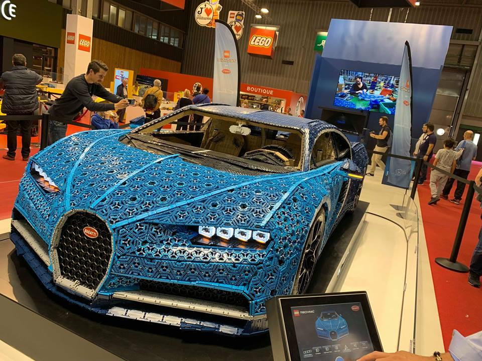 Cận cảnh Siêu xe Bugatti Chiron ráp bằng LEGO có thể lăn bánh như xe thật