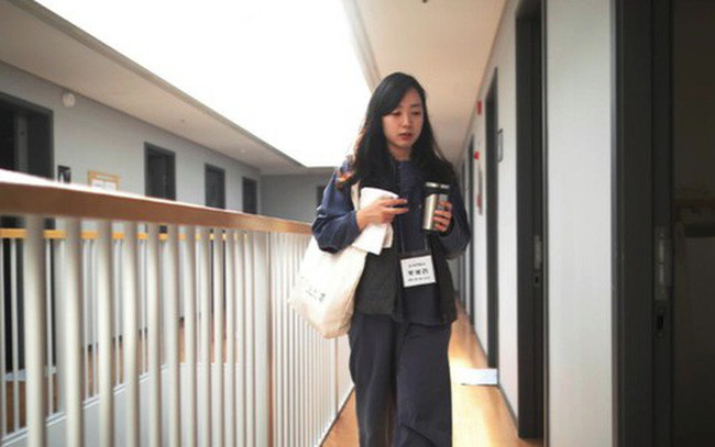 Cuộc sống quá căng thẳng, người trẻ Hàn Quốc sẵn sàng chi 90 USD để được… vào tù ở 1 ngày