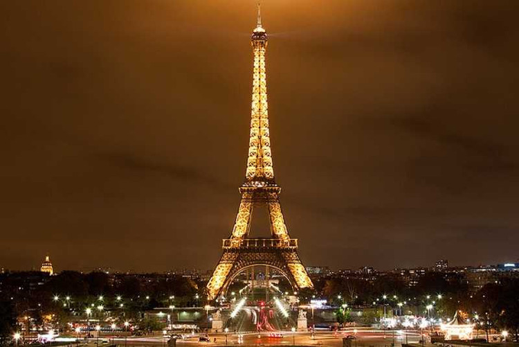 15 bí mật thú vị về tháp Eiffel