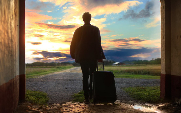 Không đi du lịch ngày Tết, chỉ có người không có tiền, hoặc người cổ hủ?