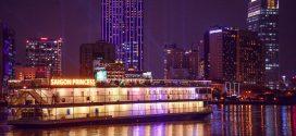 Tàu ăn tối 5 sao vừa đi vừa ngắm cảnh trên sông Sài Gòn