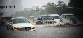 Thủy kích là gì và cách xử lý khi xe ngập nước
