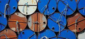 Giá dầu hôm nay tăng khi các cơn bão đổ bộ vào Vịnh Mexico